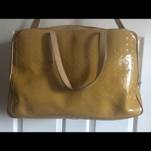 HUGE Arcadia 💯% authentic 💯% leather travel bag